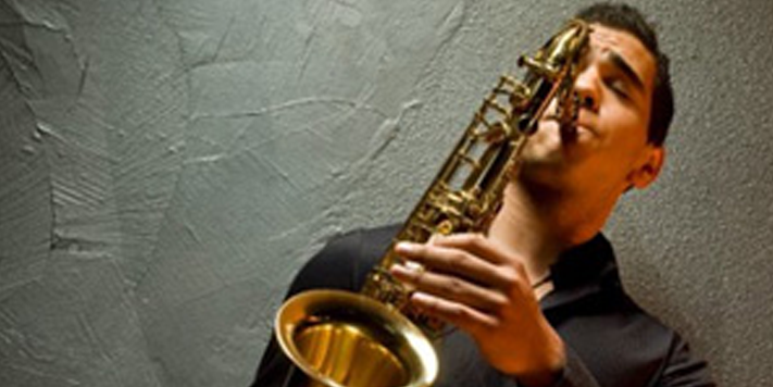 Saxophonist Brandon Willis | Teen Jazz Artist