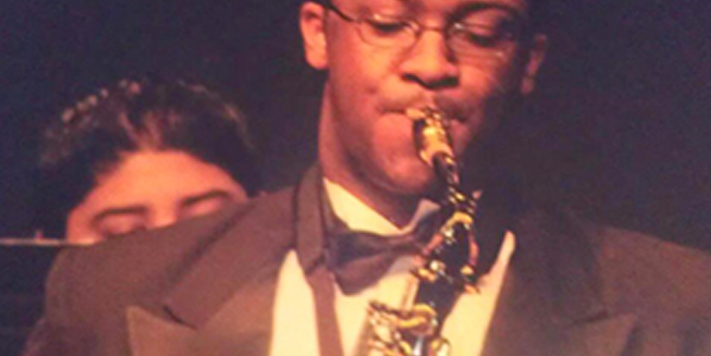 Saxophonist Hosea Connie | Teen Jazz Artist